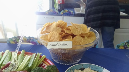 Sand dollars (tortilla chips)